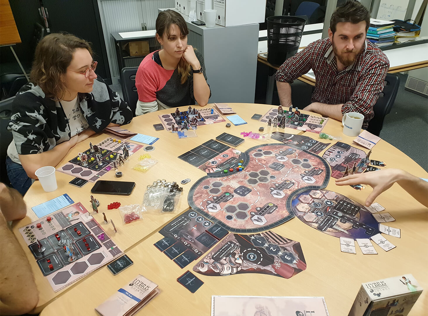 "Partie du proto angoumoisin ""Hybris : Disordered Cosmos"" Playtest01-1"